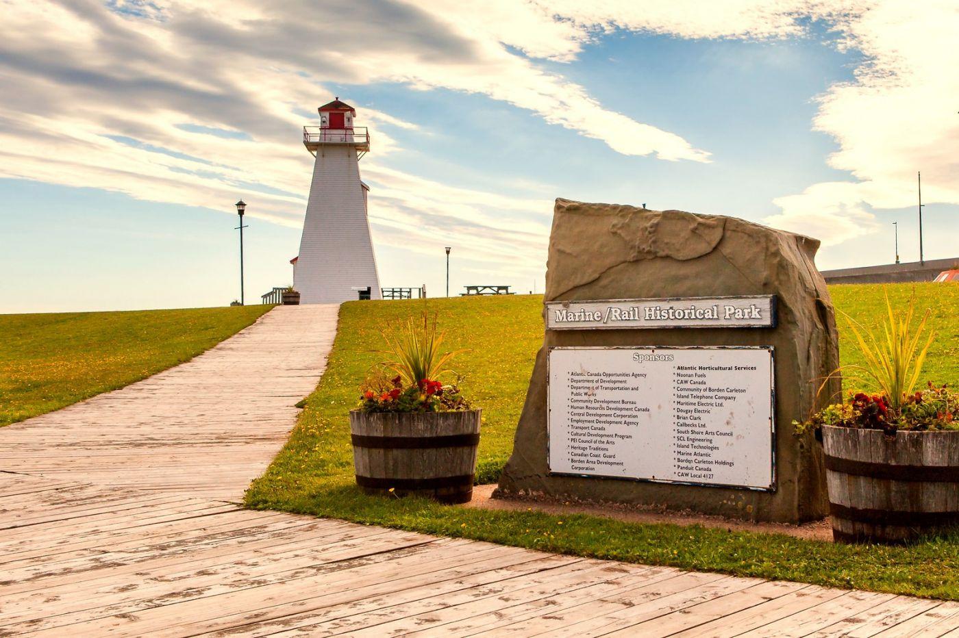 加拿大风景,长桥和灯塔_图1-8