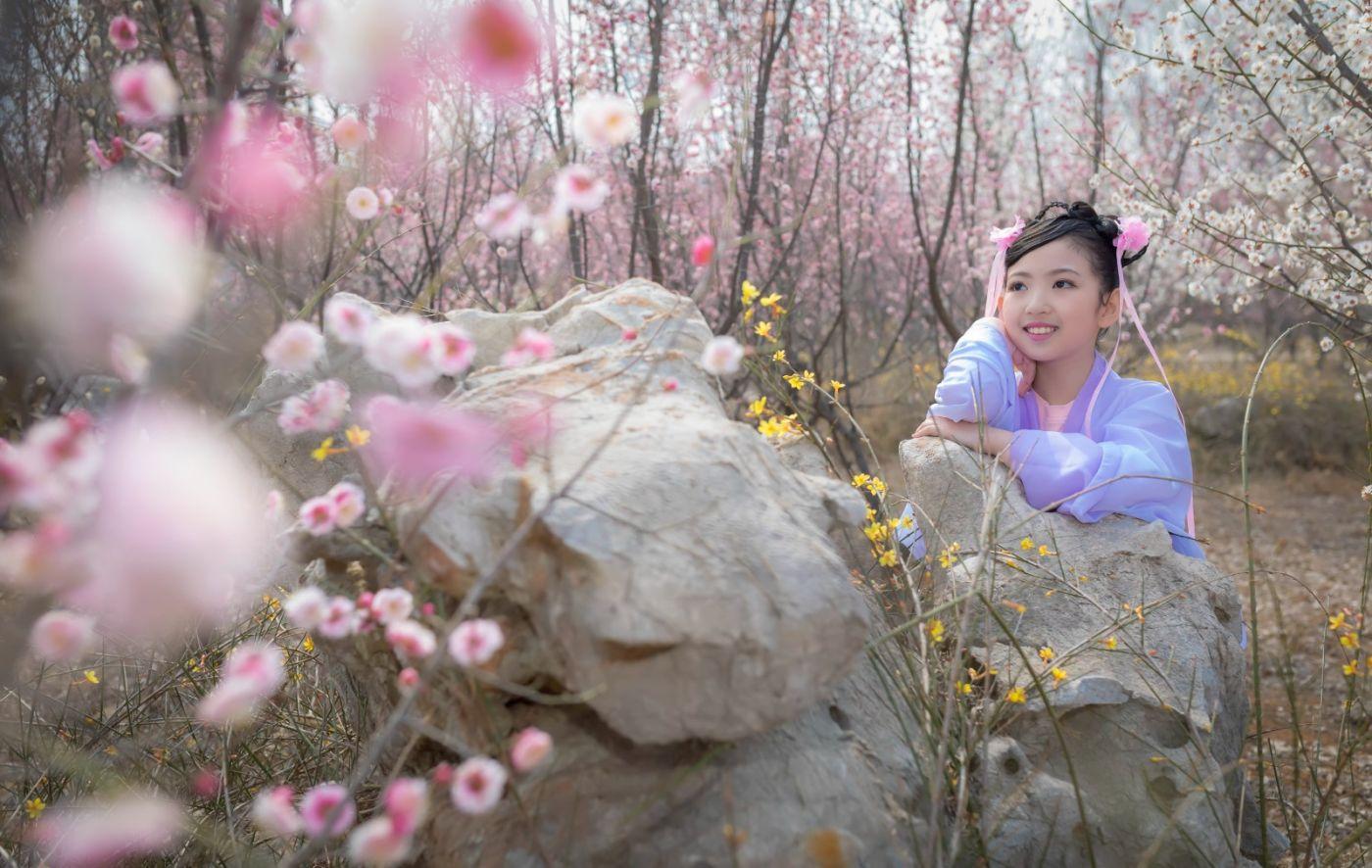 翟家小妮翟雅慧之春到梅园 花儿与少年系列 梅园尽显中国风_图1-15