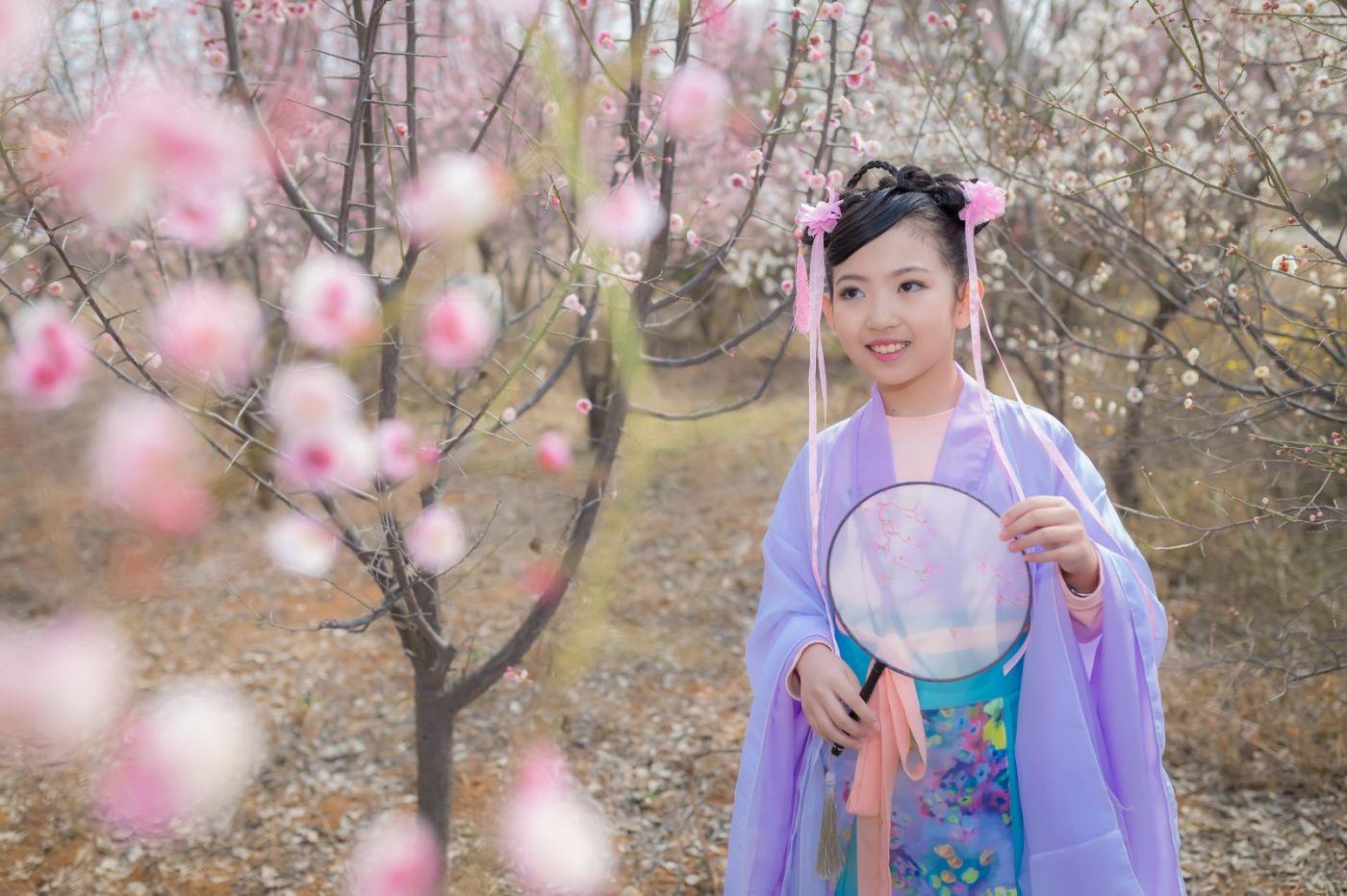 翟家小妮翟雅慧之春到梅园 花儿与少年系列 梅园尽显中国风_图1-19