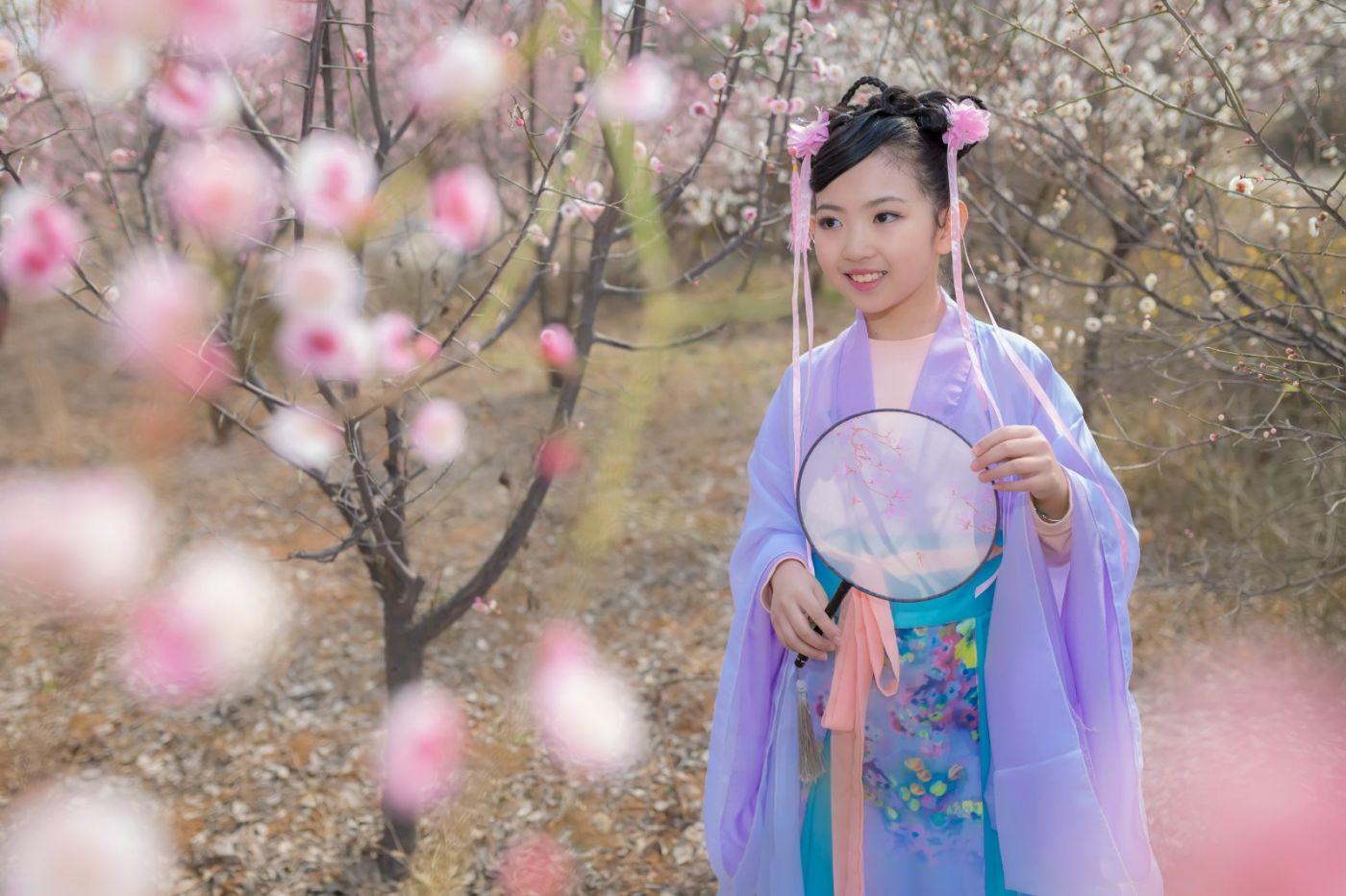 翟家小妮翟雅慧之春到梅园 花儿与少年系列 梅园尽显中国风_图1-23
