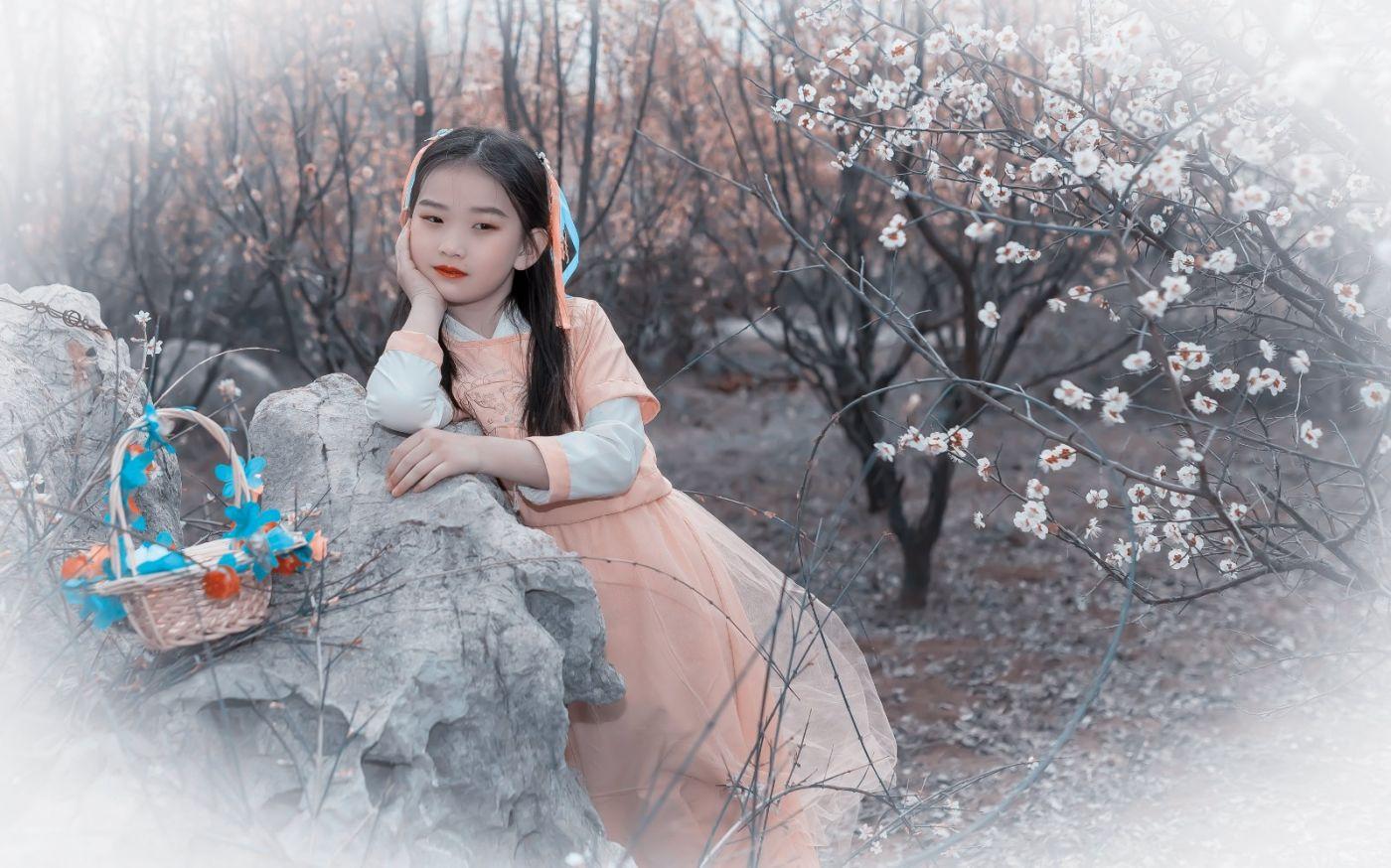 梅林馀妍不争春 小小仙女下凡尘 在费县拍摄小小仙女候依琳_图1-18