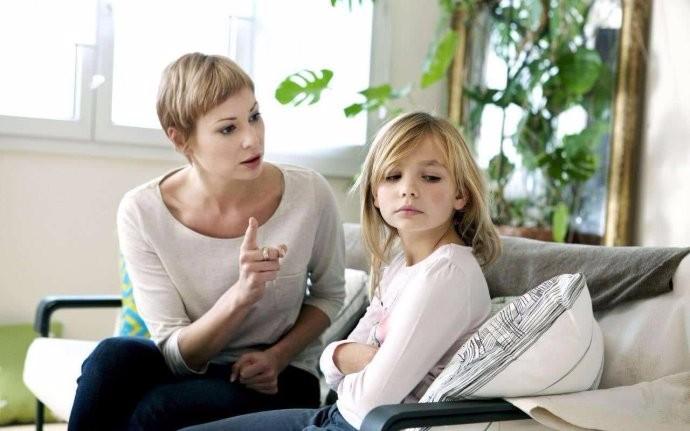 育儿有招:失败家长最易带坏孩子的八大坏习惯 贱毛病_图1-3