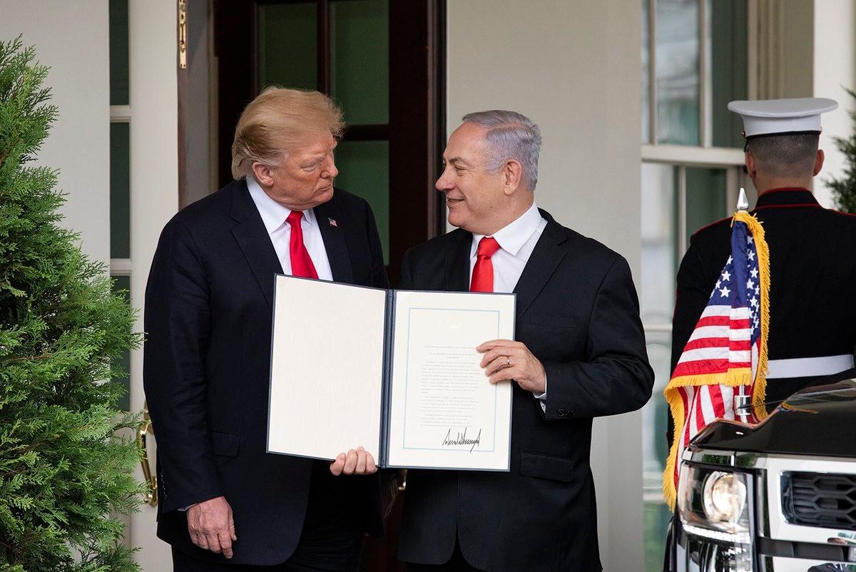 """以色列在美国支持下并吞""""戈兰高地""""_图1-3"""
