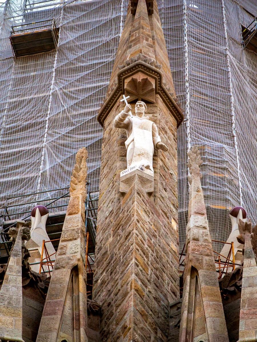 西班牙圣家堂(Sagrada Família), 传统里的超现实_图1-37