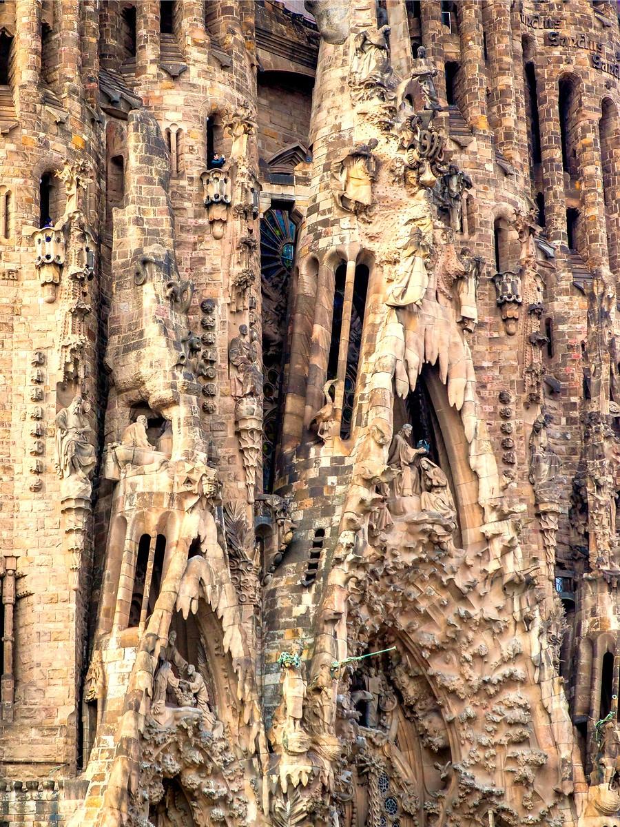 西班牙圣家堂(Sagrada Família), 传统里的超现实_图1-36