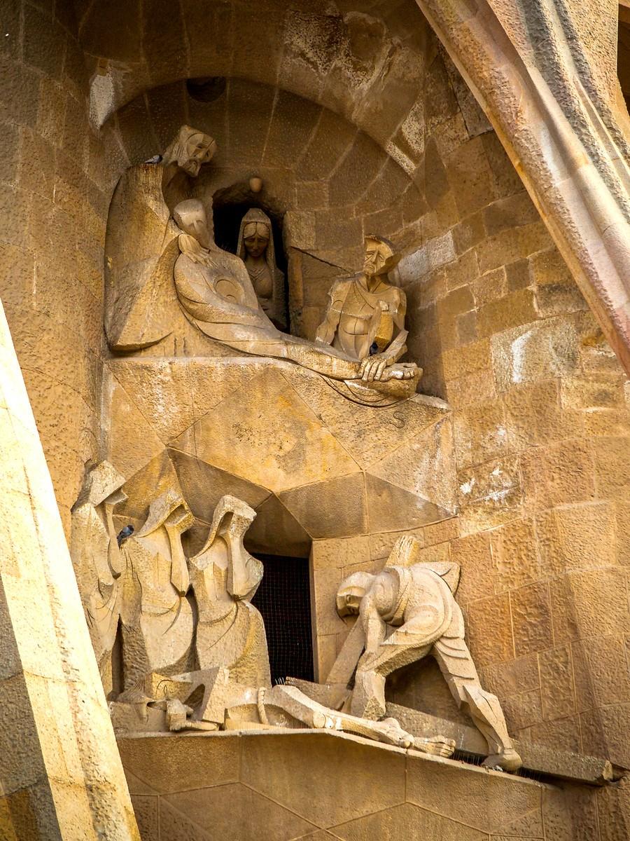 西班牙圣家堂(Sagrada Família), 传统里的超现实_图1-26