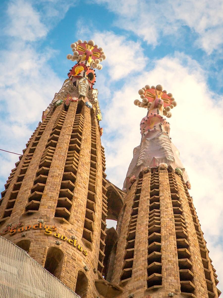 西班牙圣家堂(Sagrada Família), 传统里的超现实_图1-25