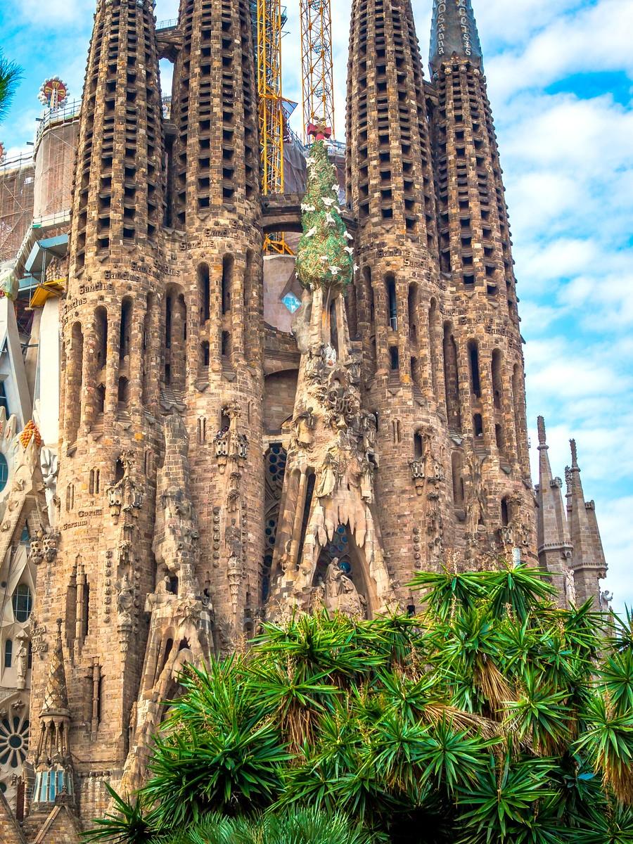 西班牙圣家堂(Sagrada Família), 传统里的超现实_图1-15