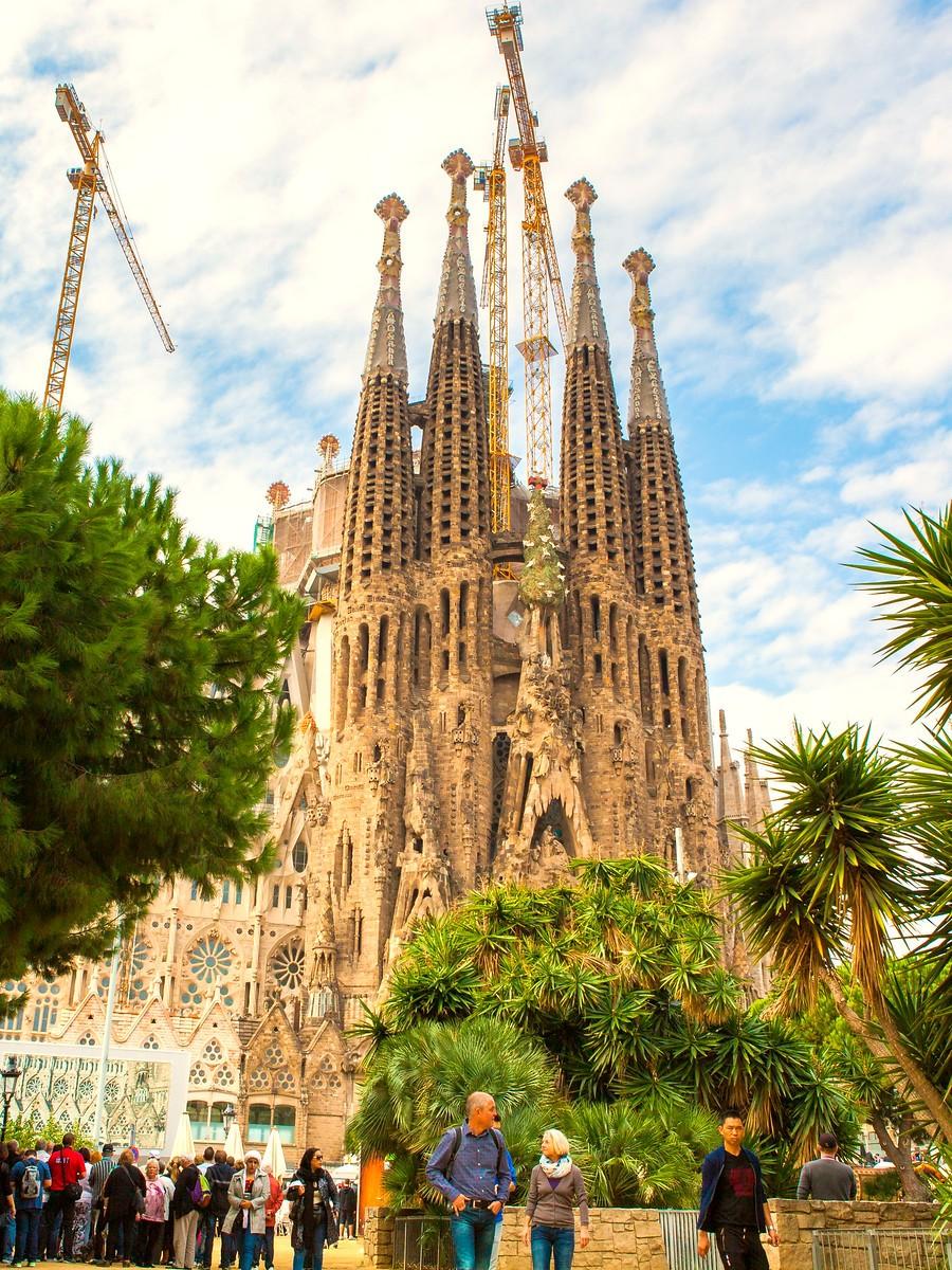 西班牙圣家堂(Sagrada Família), 传统里的超现实_图1-13