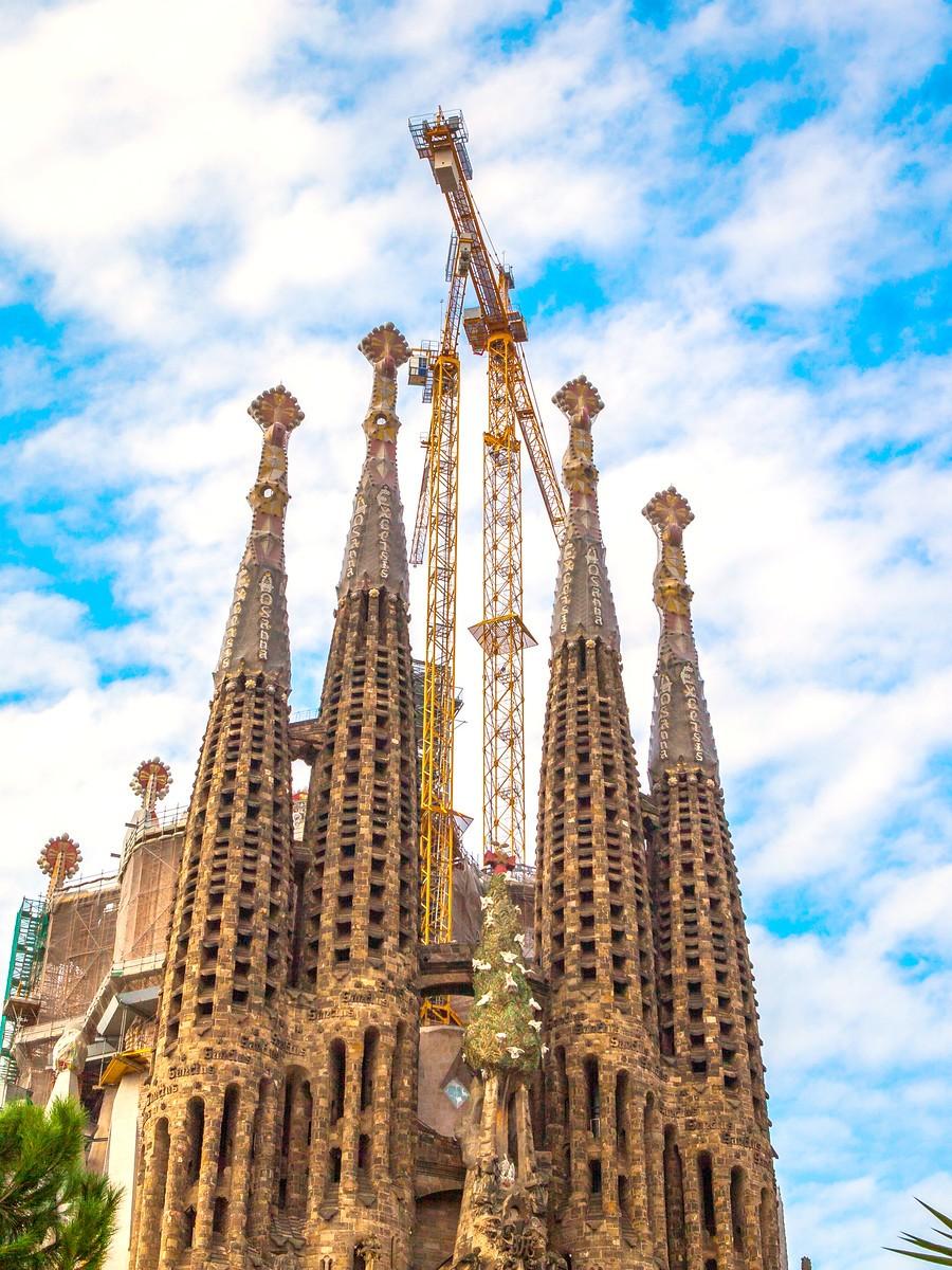 西班牙圣家堂(Sagrada Família), 传统里的超现实_图1-9