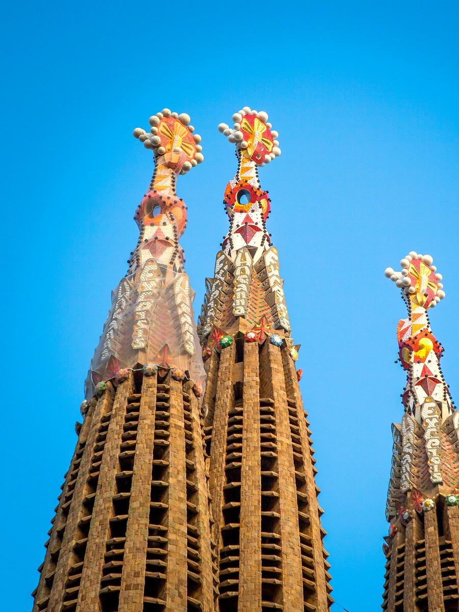 西班牙圣家堂(Sagrada Família), 传统里的超现实_图1-1
