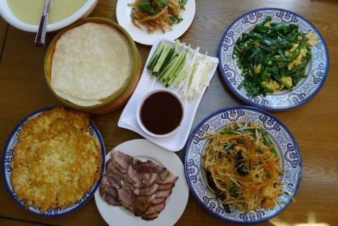 中国人有多爱吃韭菜?春天打个饱嗝,嘴里喷出一股韭菜味儿 ..._图1-5