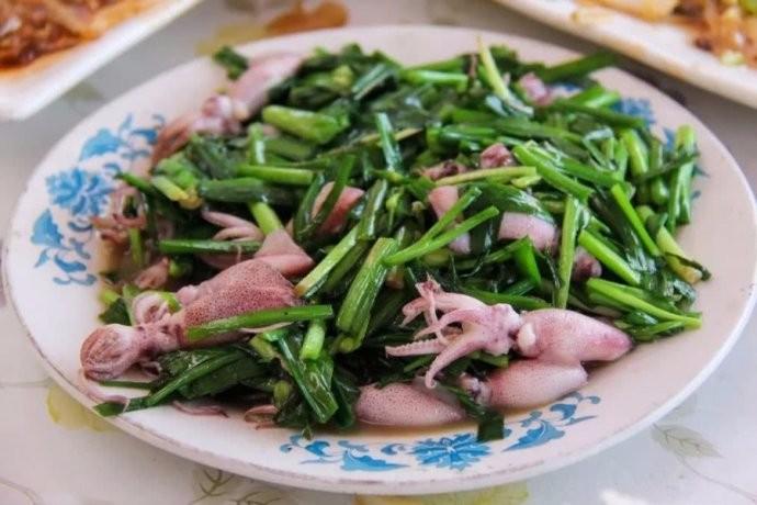 中国人有多爱吃韭菜?春天打个饱嗝,嘴里喷出一股韭菜味儿 ..._图1-13