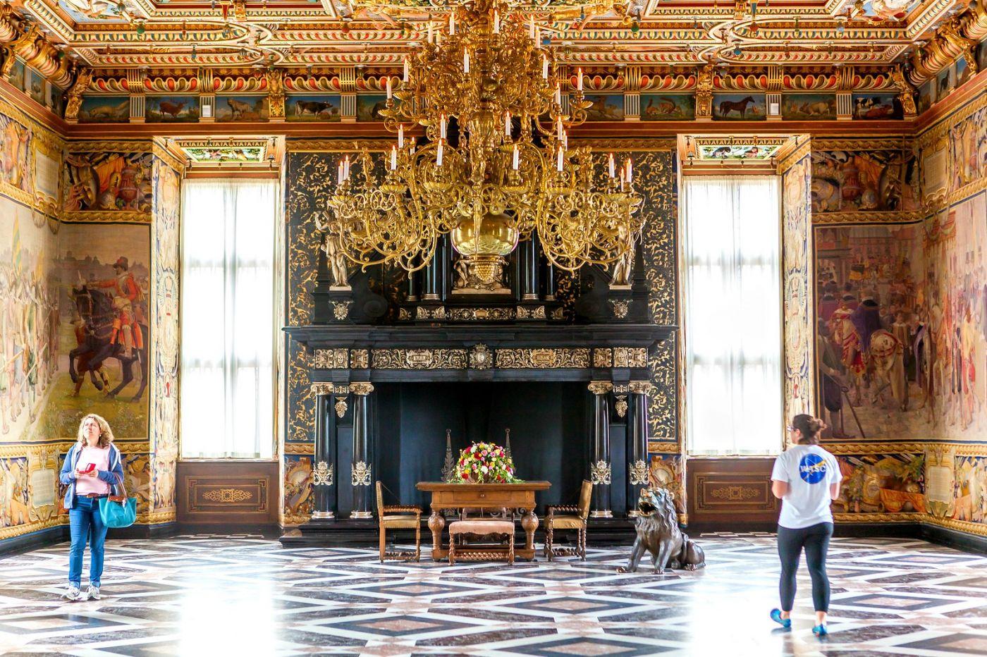 丹麦腓特烈堡城堡,金碧辉煌的大厅_图1-40