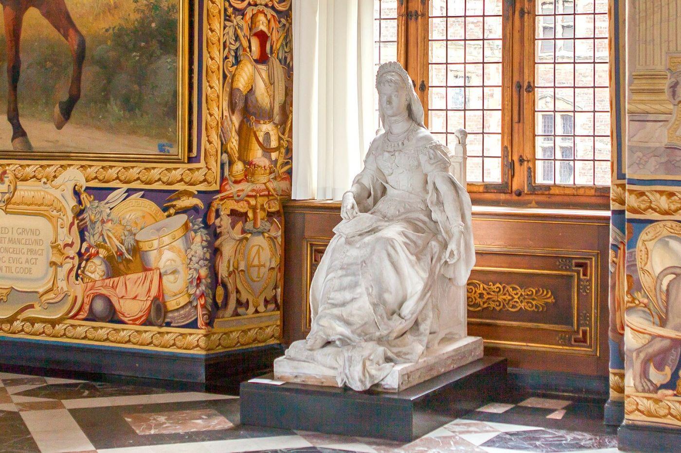 丹麦腓特烈堡城堡,金碧辉煌的大厅_图1-21