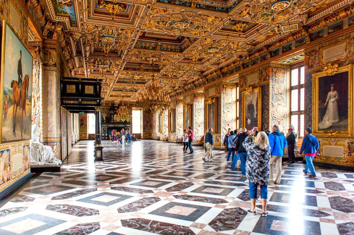 丹麦腓特烈堡城堡,金碧辉煌的大厅_图1-20