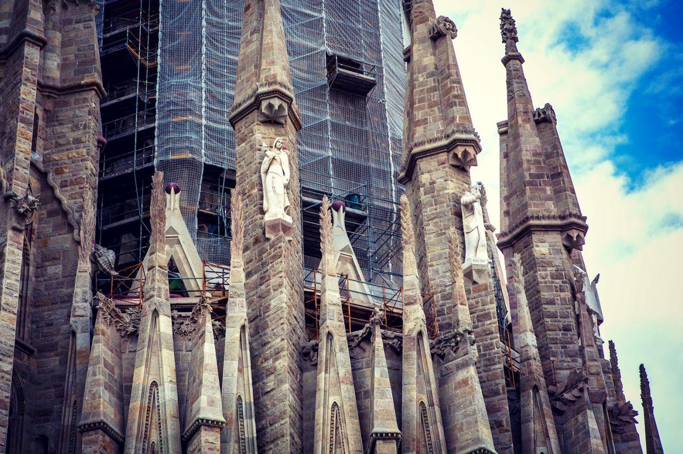 西班牙圣家堂(Sagrada Família), 上帝建筑师-高第的作品_图1-3