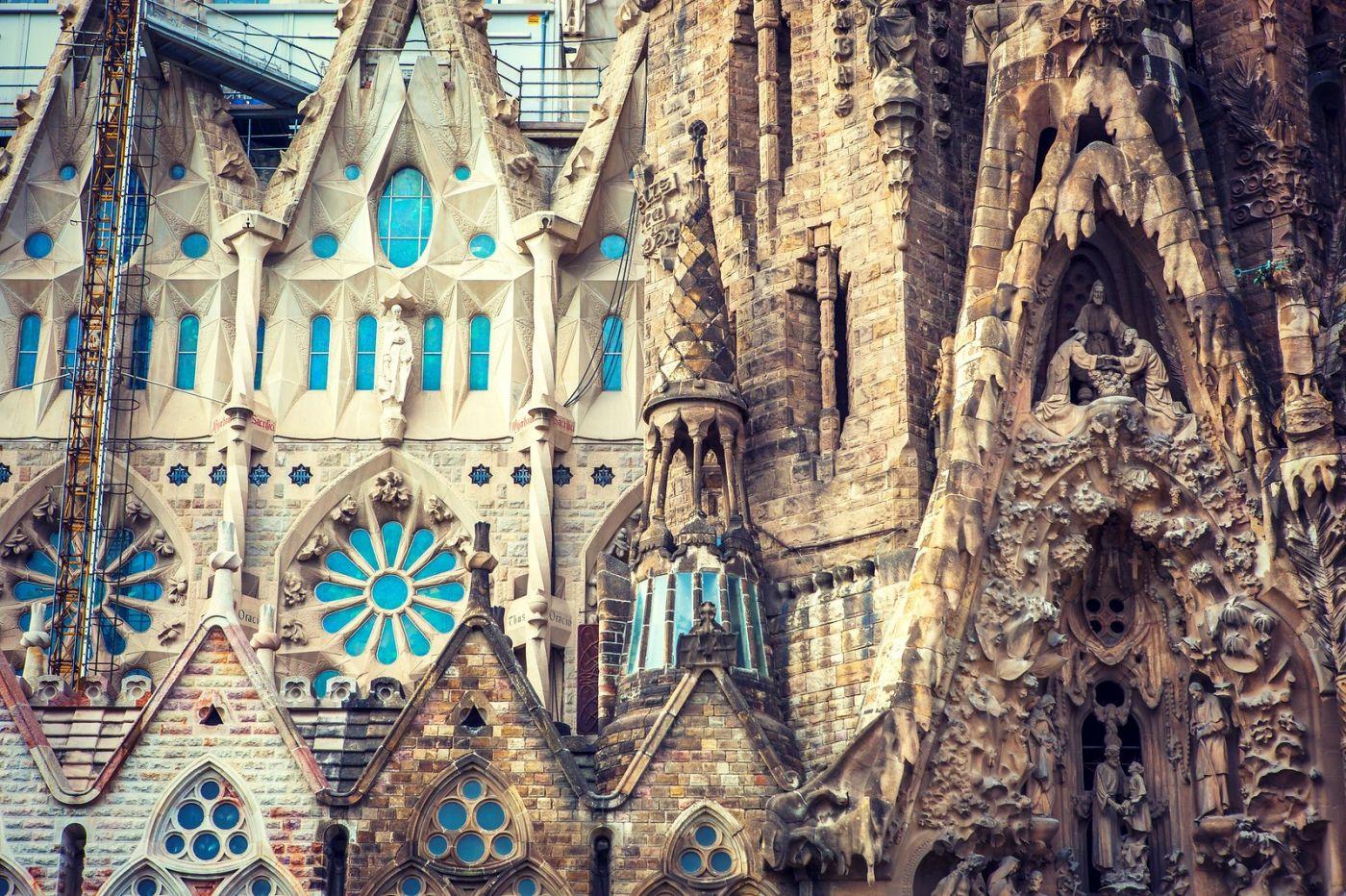 西班牙圣家堂(Sagrada Família), 上帝建筑师-高第的作品_图1-2