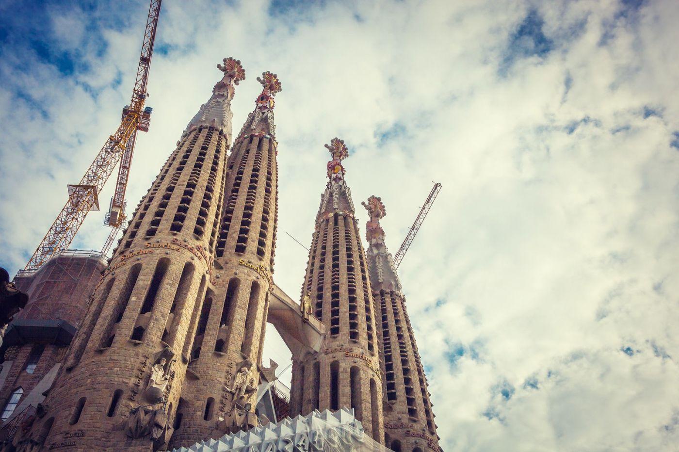 西班牙圣家堂(Sagrada Família), 上帝建筑师-高第的作品_图1-7