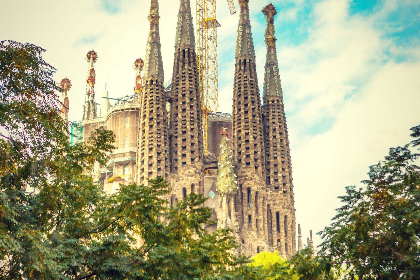 西班牙圣家堂(Sagrada Família), 上帝建筑师-高第的作品_图1-9