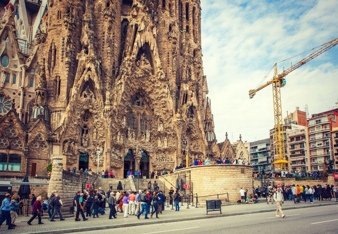 西班牙圣家堂(Sagrada Família), 上帝建筑师-高第的作品_图1-23