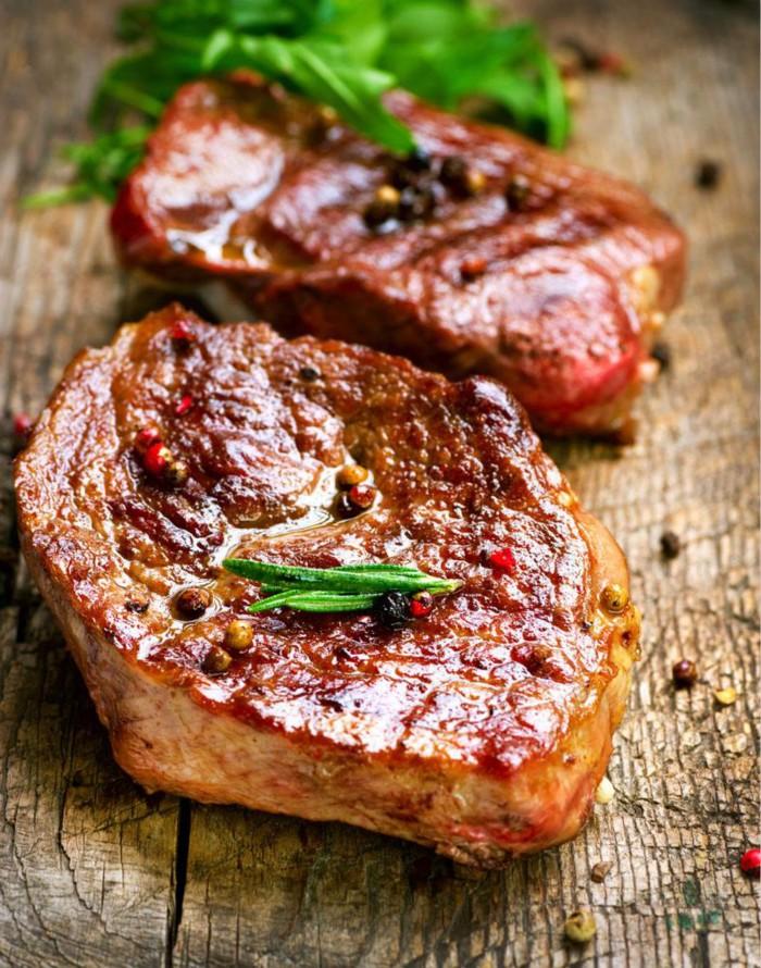 盘点各国领导人的家宴:习近平炒酸菜猪肉款待老友_图1-6