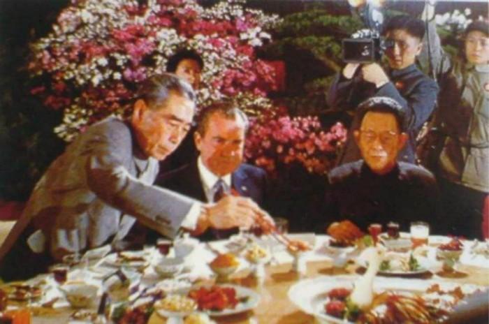 盘点各国领导人的家宴:习近平炒酸菜猪肉款待老友_图1-5