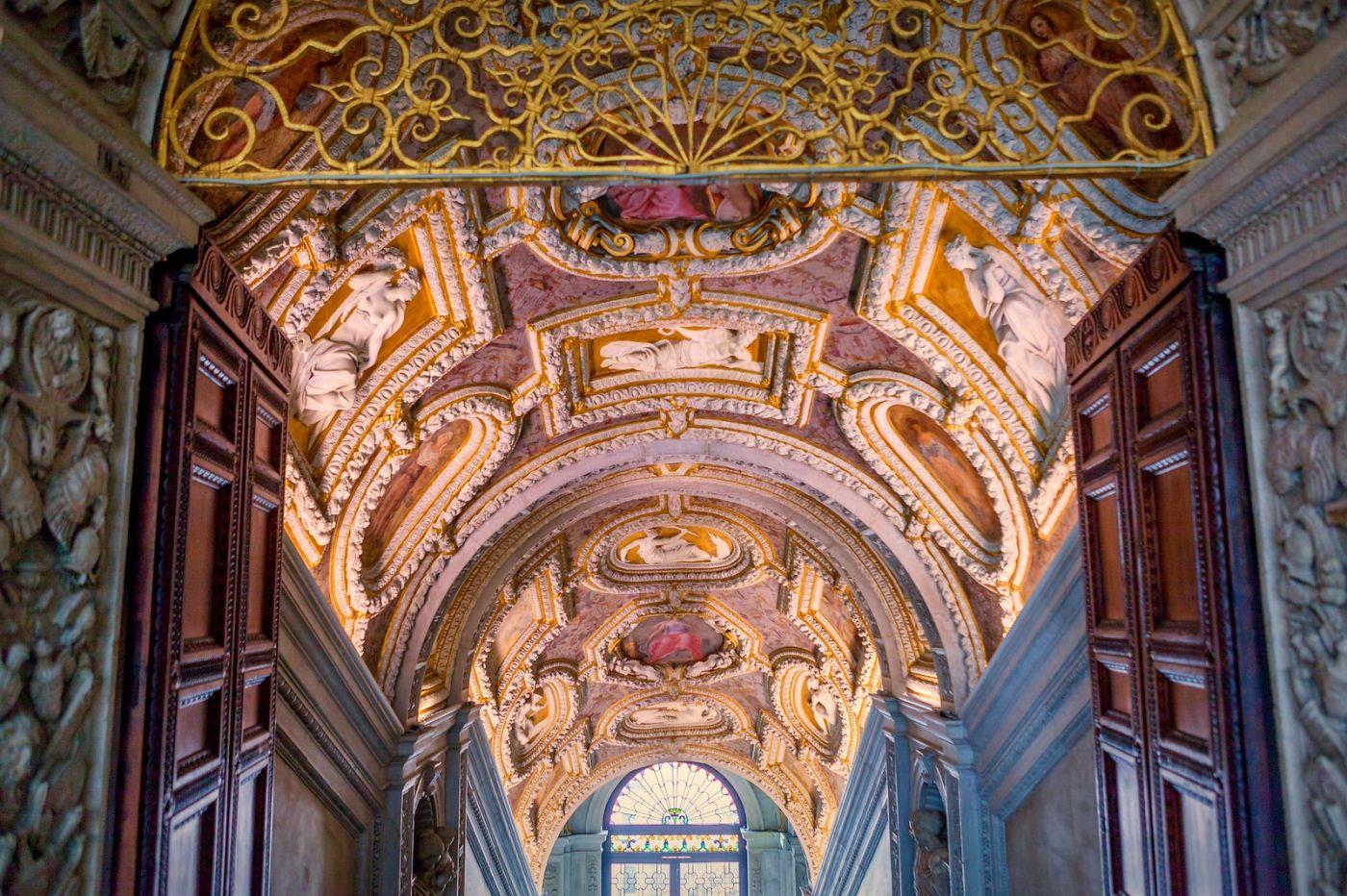 威尼斯圣马可大教堂(St Mark's Basilica), 精雕细琢的顶设_图1-32