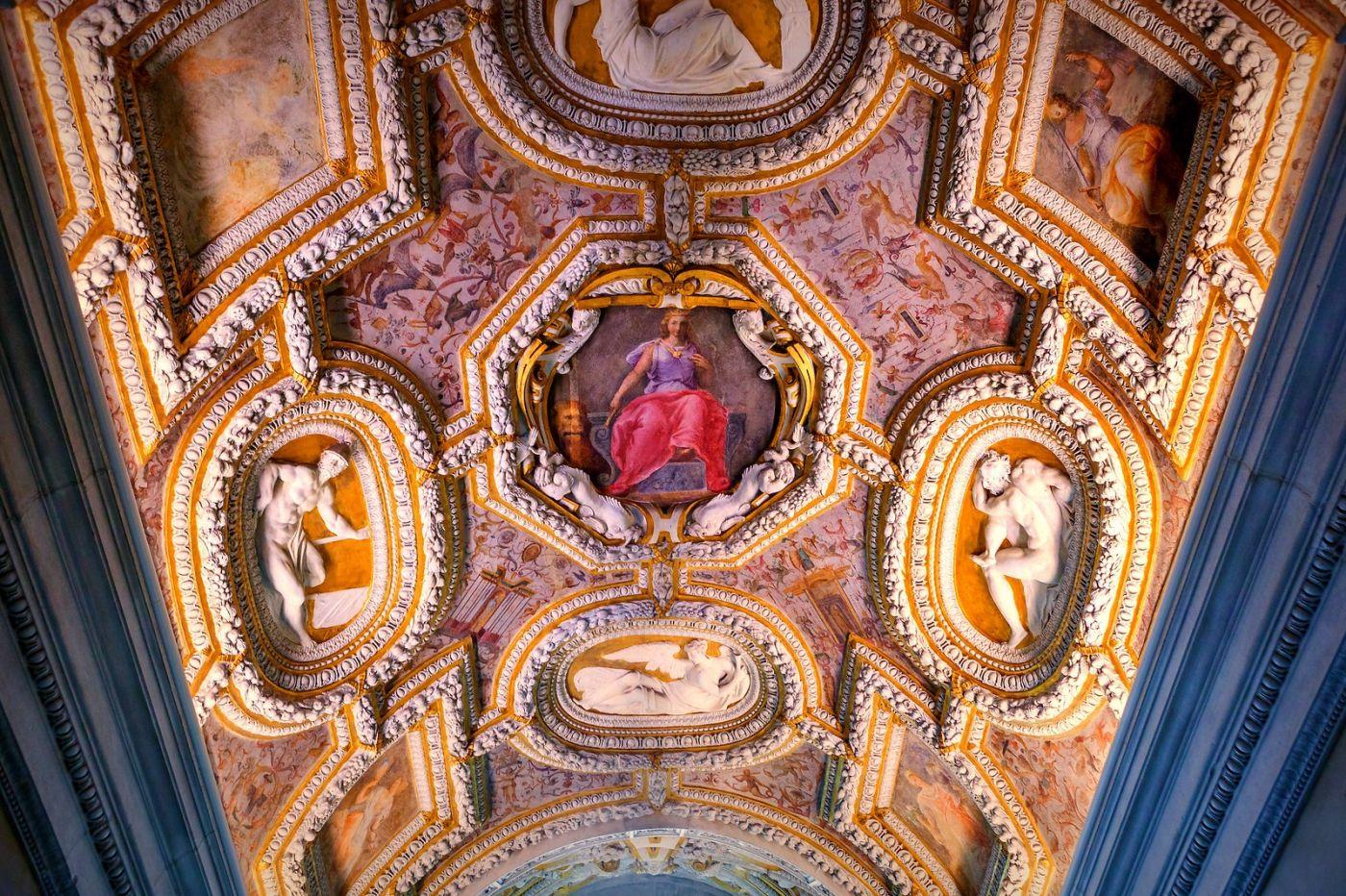威尼斯圣马可大教堂(St Mark's Basilica), 精雕细琢的顶设_图1-23