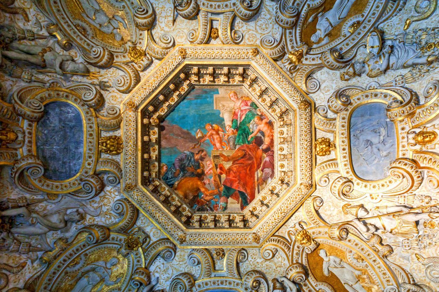 威尼斯圣马可大教堂(St Mark's Basilica), 精雕细琢的顶设_图1-9