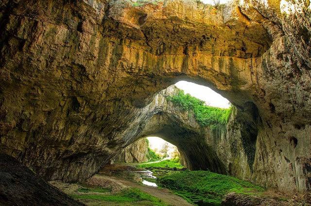 """从谷歌地球寻找""""地球的特殊地方""""---Devetashka洞穴_图1-4"""
