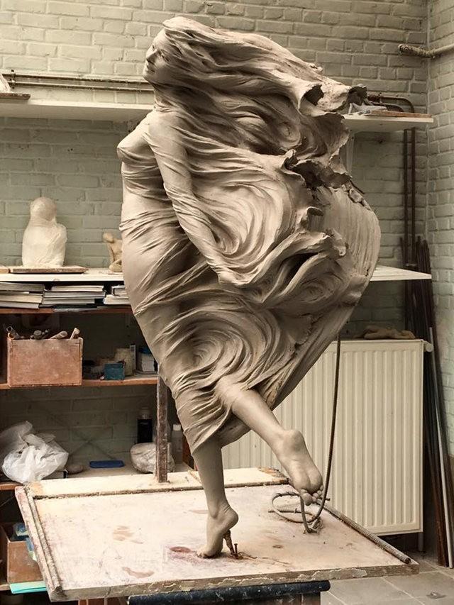 罗丽蓉精彩的雕塑作品_图1-5
