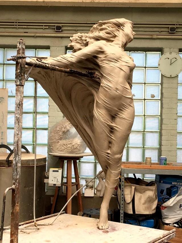 罗丽蓉精彩的雕塑作品_图1-8