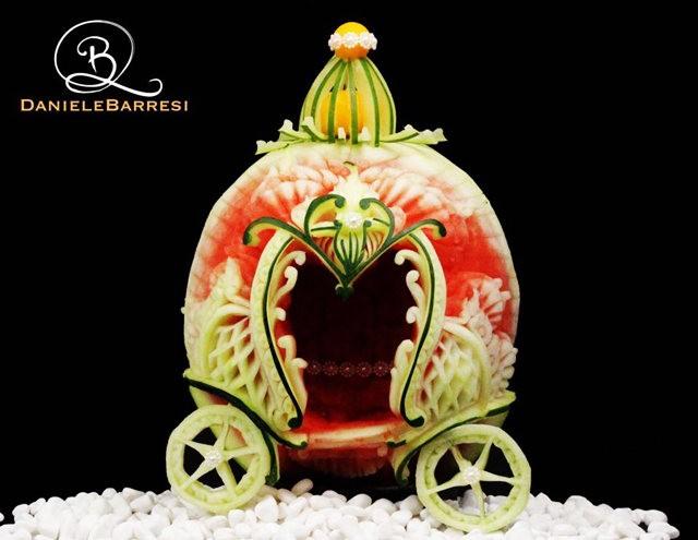 水果雕刻大师Daniele Barresi_图1-3