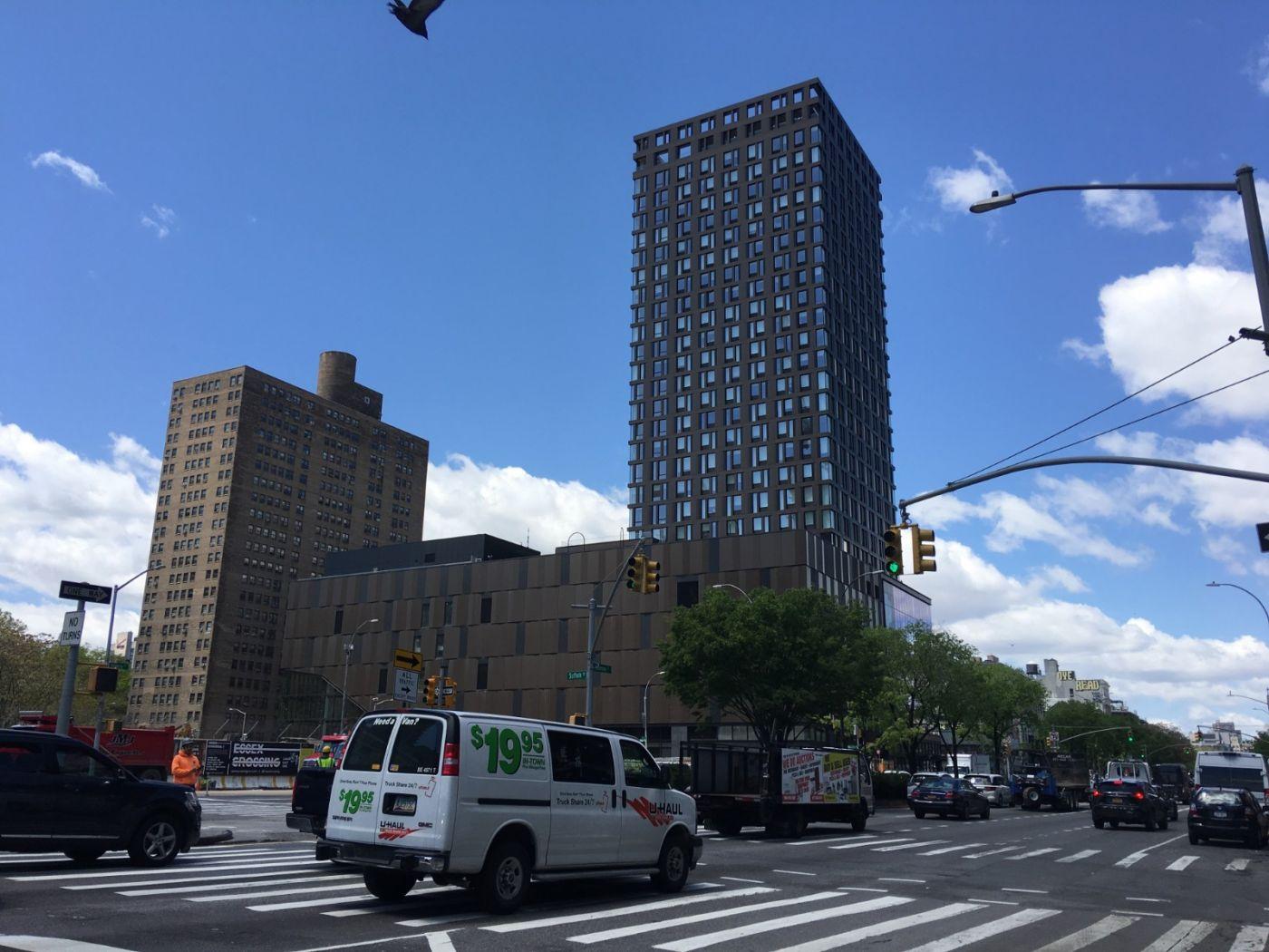 纽约曼哈顿下东城艾塞克斯街市场开张_图1-2