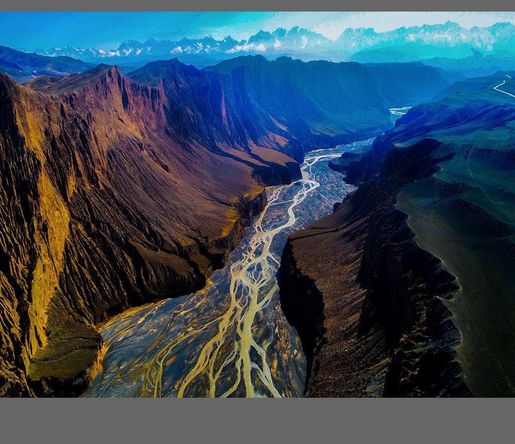 中国新疆天山山脉奇丽风光_图1-11