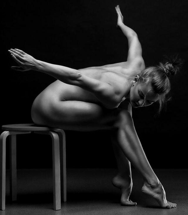 第4届锡耶纳国际摄影展获奖展品之---人体艺术_图1-6