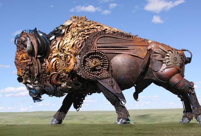 碎片制成的壮观雕塑---2_图1-12