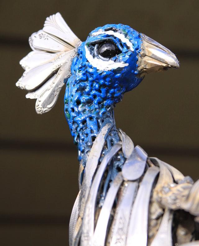 碎片制成的壮观雕塑---2_图1-15