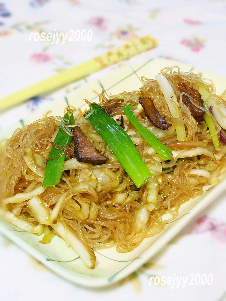 叉烧椰菜炒细粉_图1-3