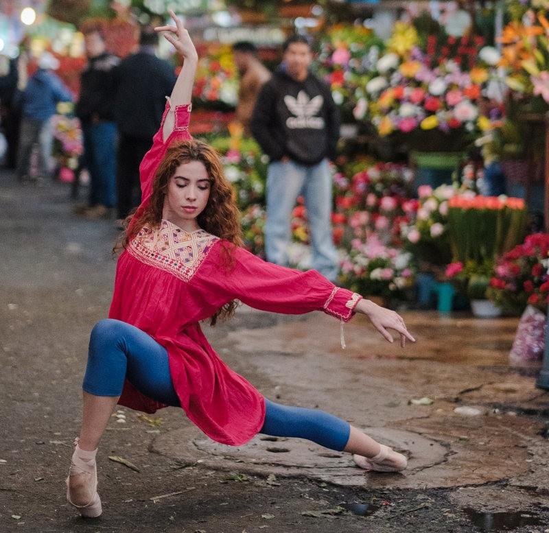墨西哥的芭蕾舞演员街上表演者---2_图1-1