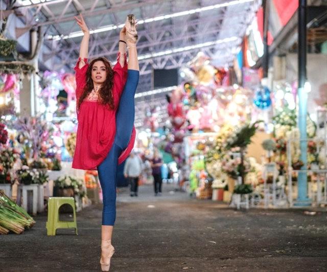 墨西哥的芭蕾舞演员街上表演者---2_图1-2