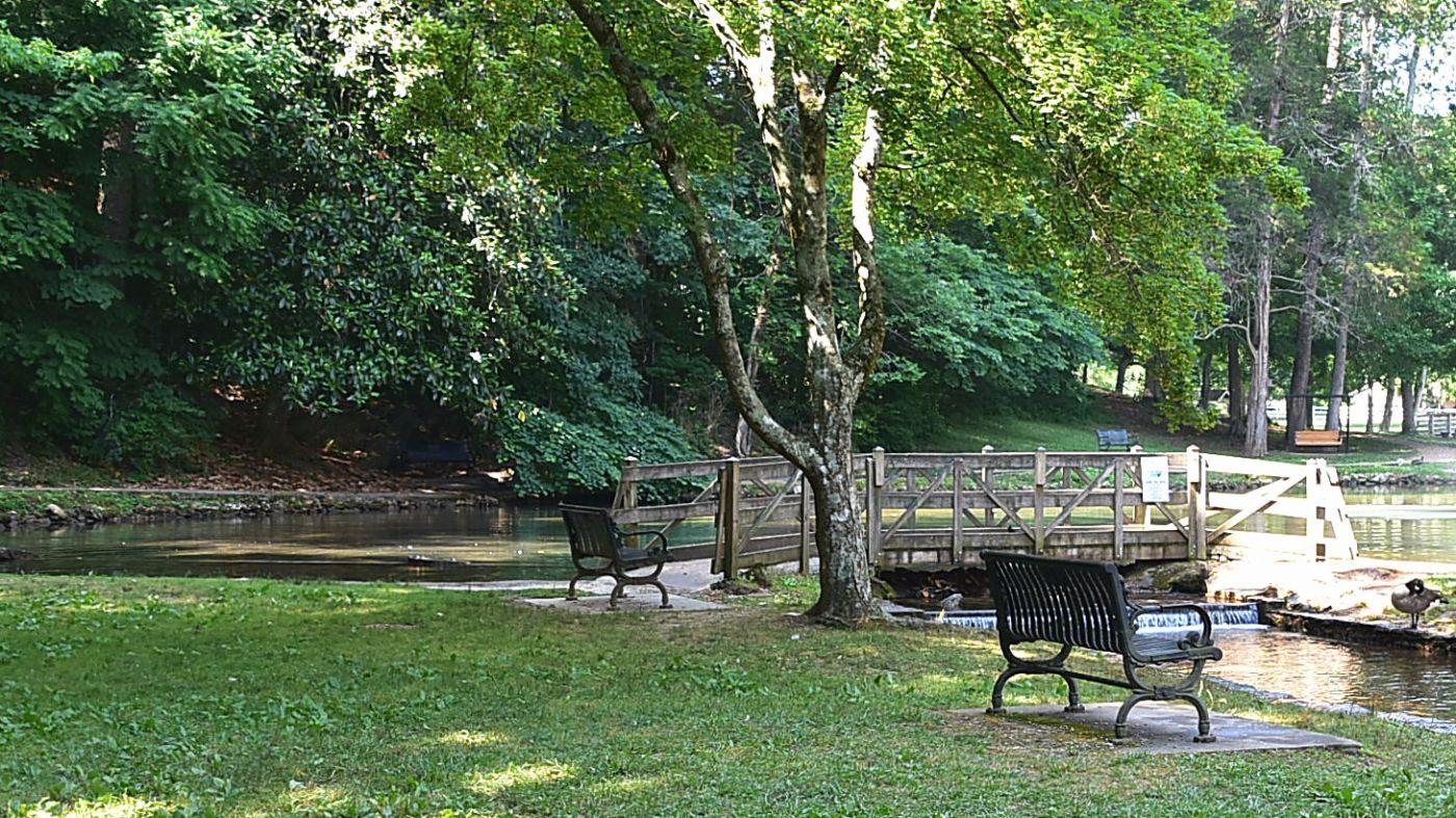 Rolater Park in Cave Spring Georgia-1_图1-4
