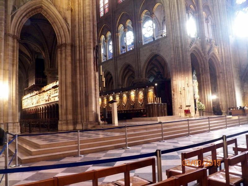 瞻仰巴黎圣母院_图1-8