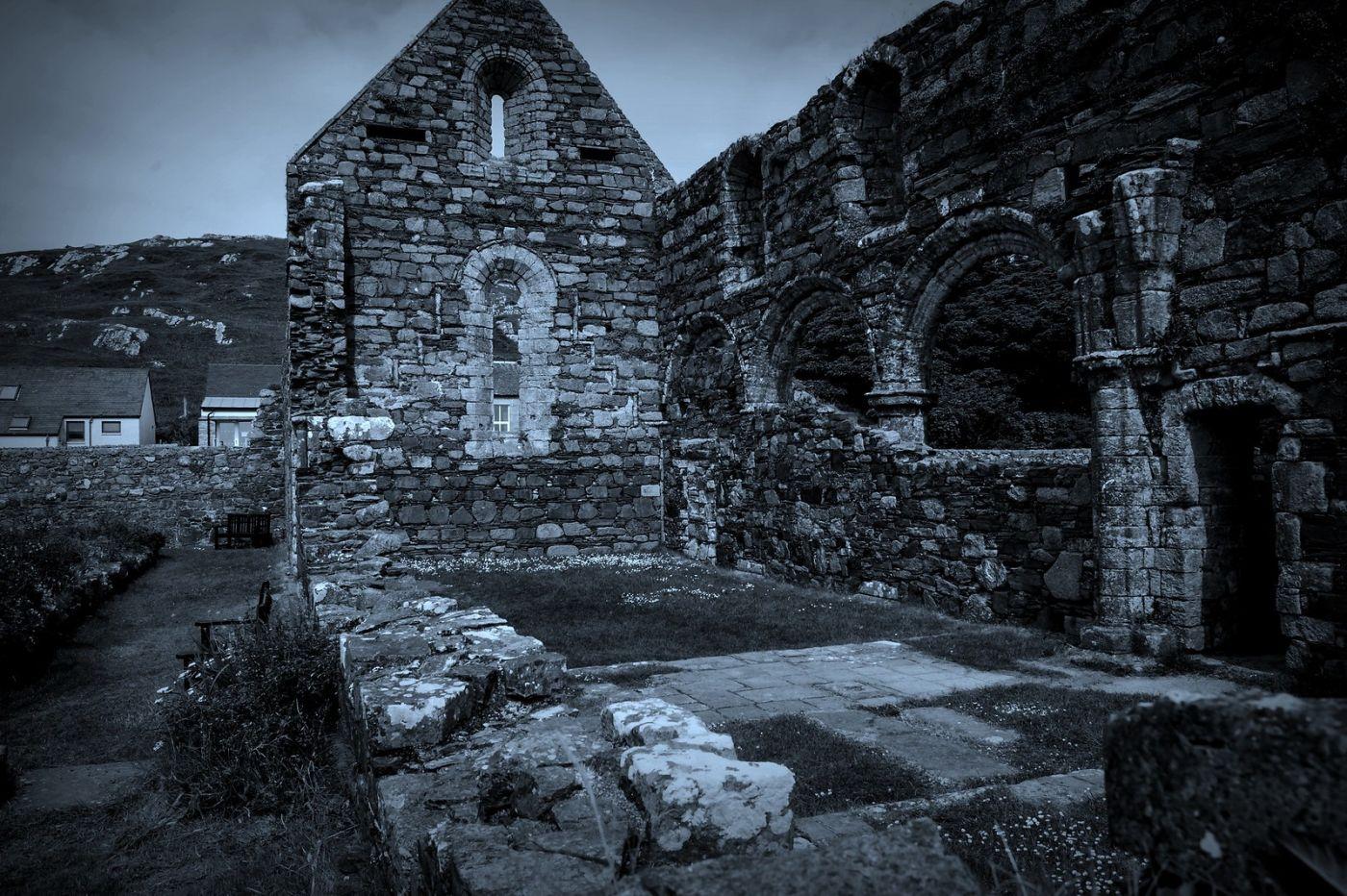 苏格兰圣奥兰教堂(St Oran's Chapel),千年古迹_图1-9