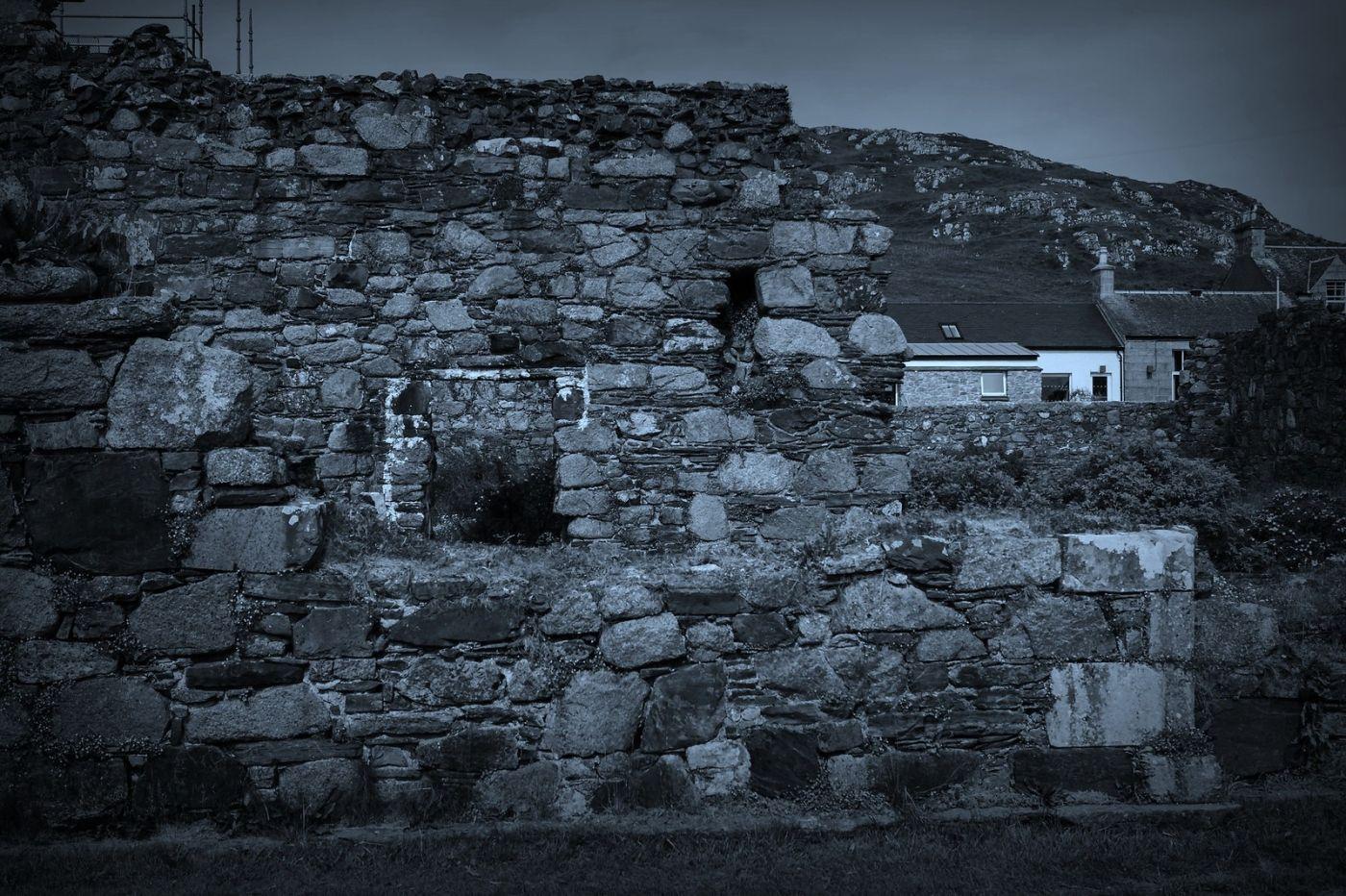 苏格兰圣奥兰教堂(St Oran's Chapel),千年古迹_图1-4