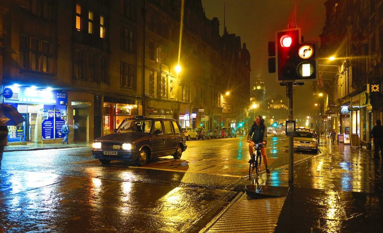 爱丁堡日与夜_图1-25