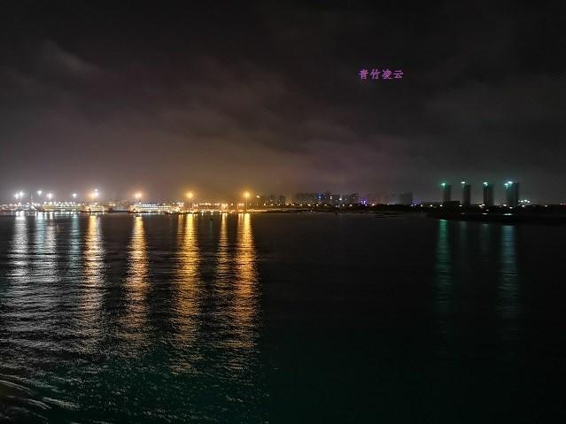 【青竹凌云】明天自然的光的亮依然(原创诗歌摄影)_图1-1