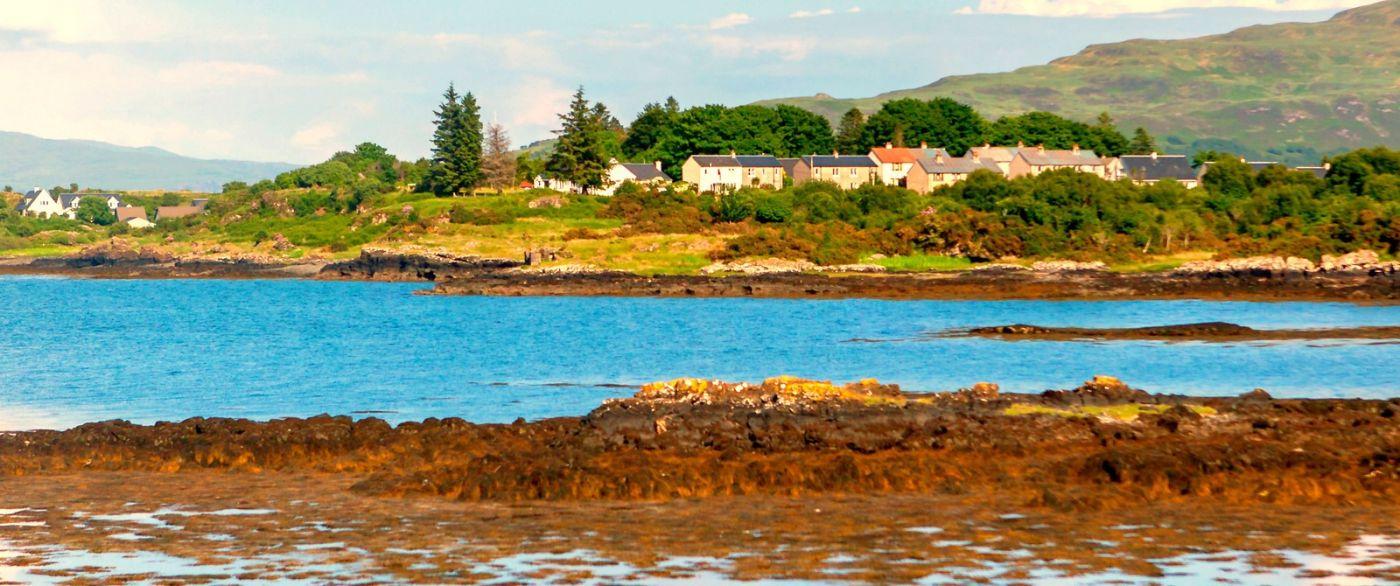 苏格兰美景,月牙般的海湾_图1-3