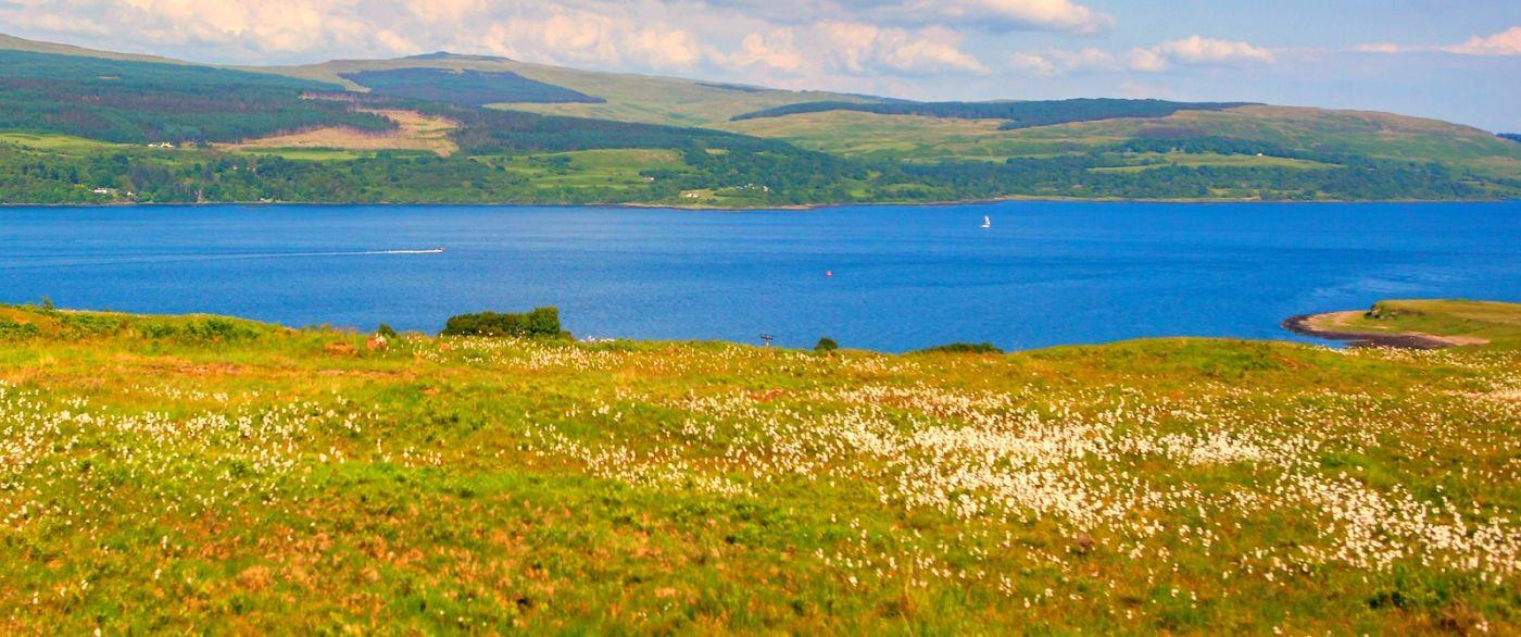 苏格兰美景,月牙般的海湾_图1-11